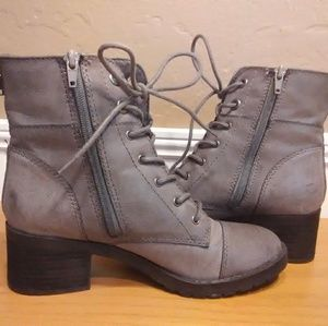 Maurice's Gray Combat Boots size 7